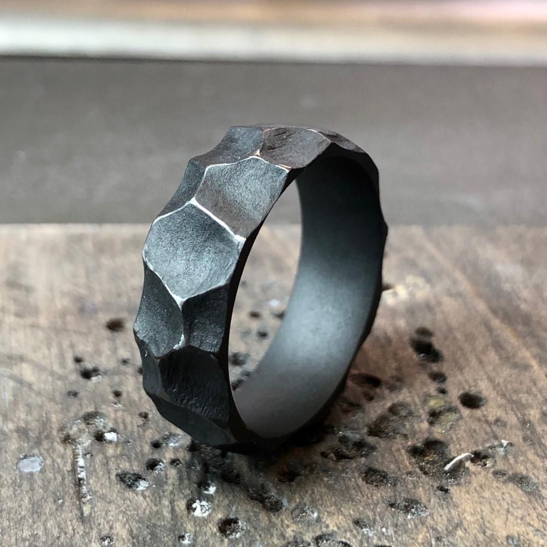 "Tantal Herren-Ring ""The Rock"" Men's Collection No:10"
